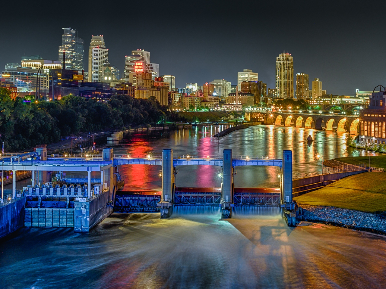 Minneapolis Night - David Perez - MNCC