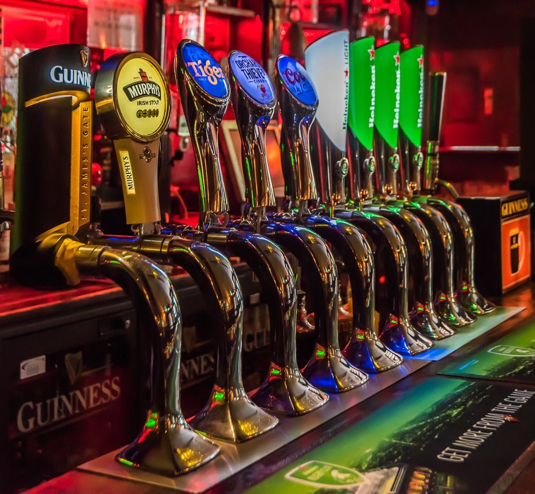 Beer Pulls in a Limerick Pub - Alan Kiecker - MVPC