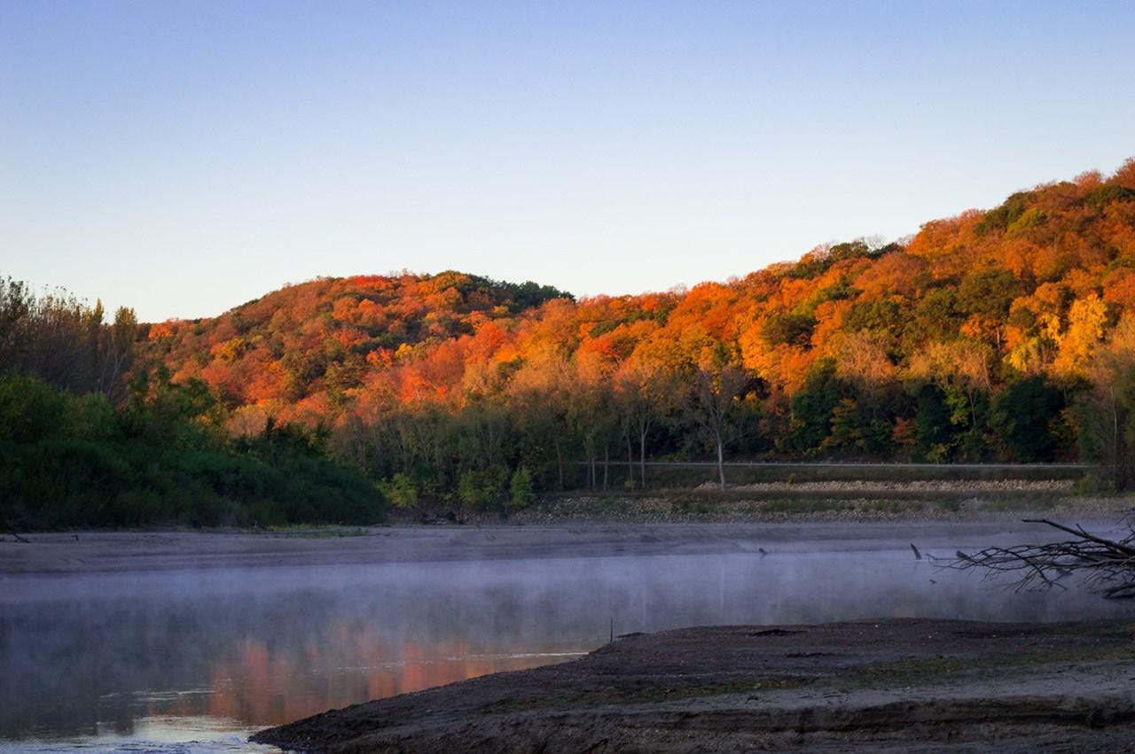 Foggy Fall Sunrise - Levi Janssen - MDPC