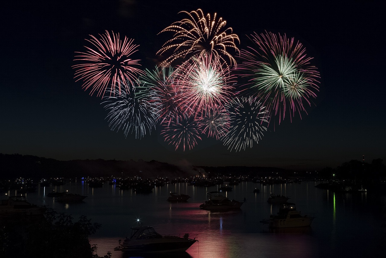 Hudson Fireworks - Terry Butler - WWPC