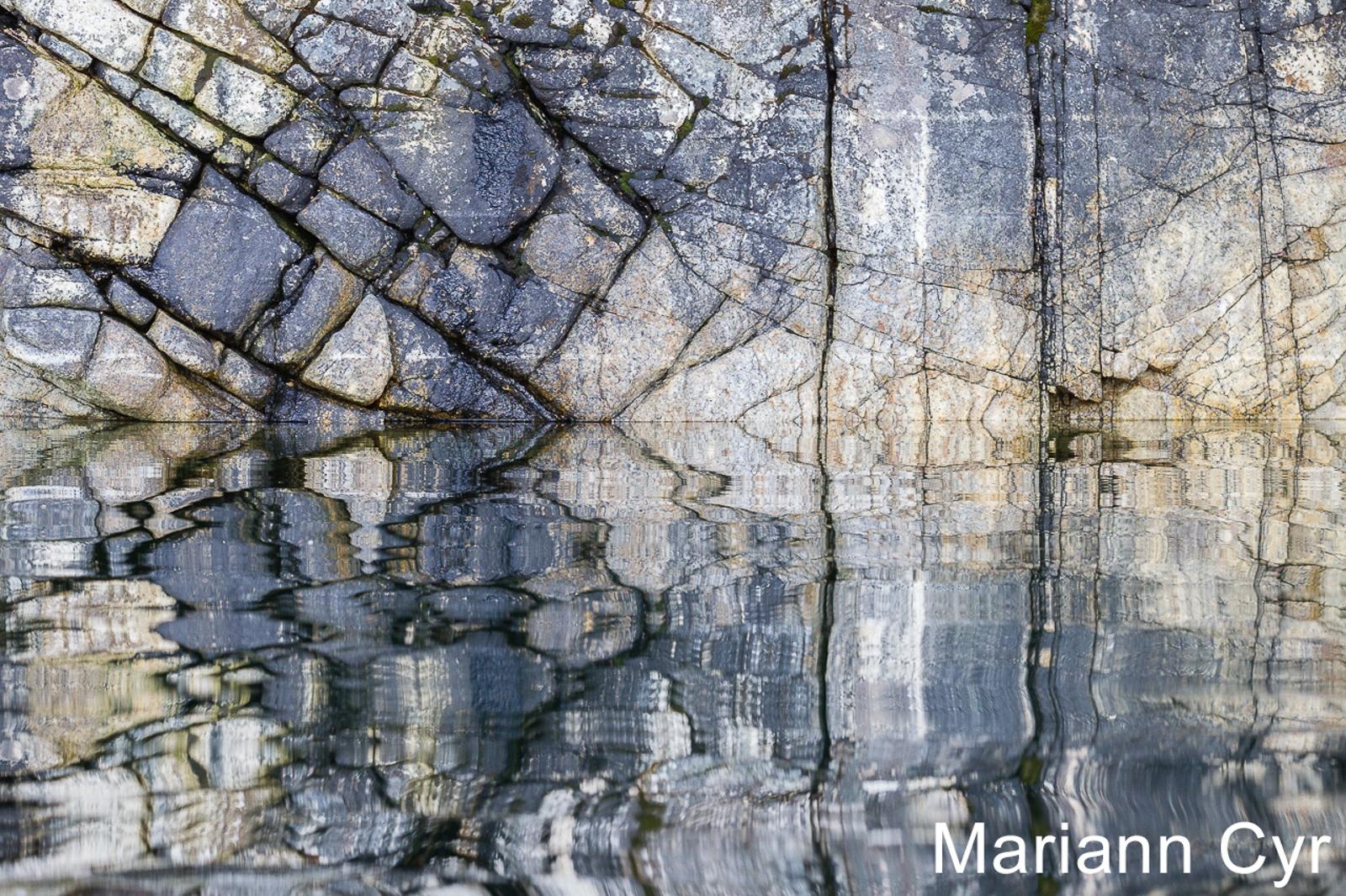 W3-16.Rock-Reflections