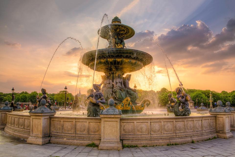 Place de la Concorde Fountain - Terry Butler - WWPC