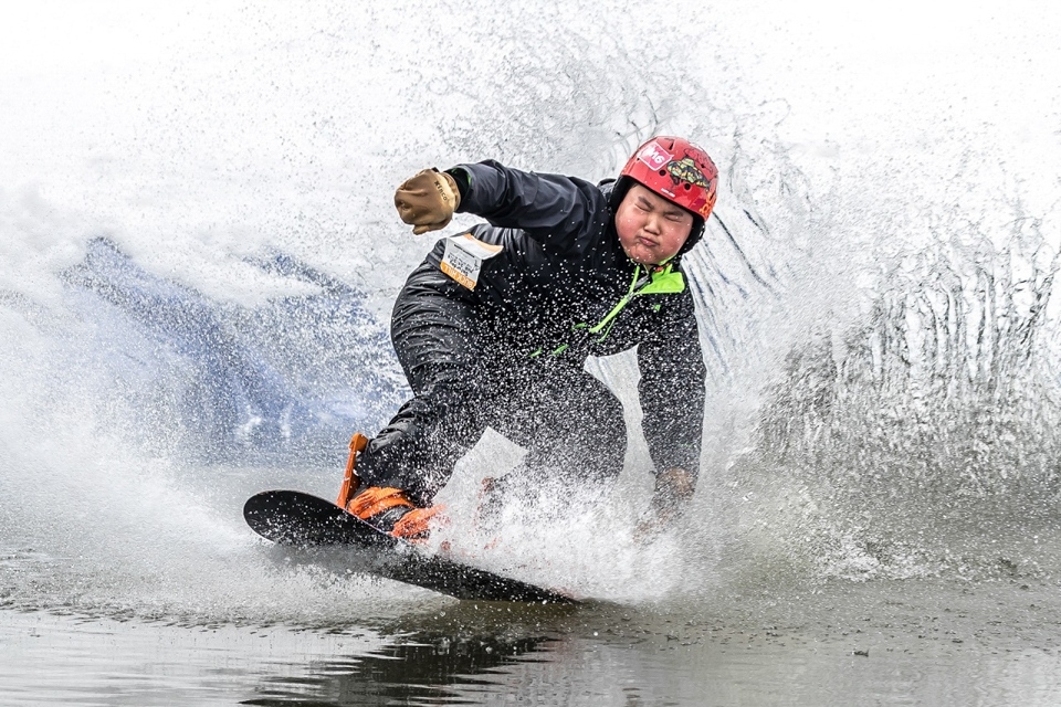 Honorable Mention - Pond Skimming - Fred Sobottka - Western Wiscomsin Photography Club