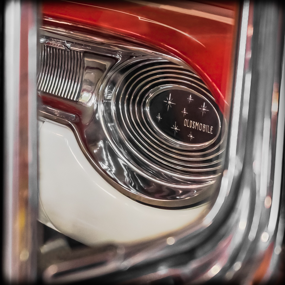 Peeking inside an Old Olds - Cindy Carlsson - SPCC