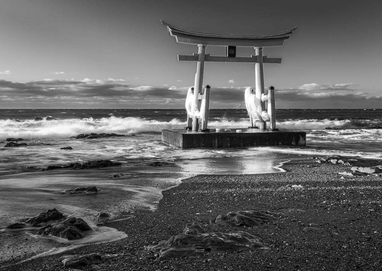 Hokkaido Torii - Karl Fiegenschuh - MNPC