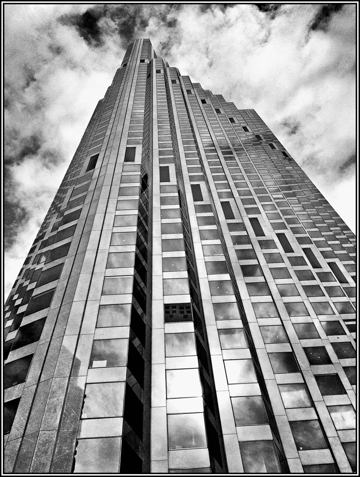 Honorable Mention - Chicago Skyscraper - Ronnie Hartman - Minneapolis Photographic Society
