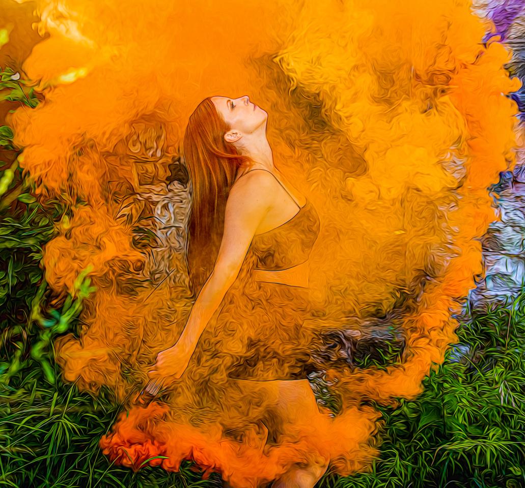Larissa in Smoke - Fred Sobottka - WWPC